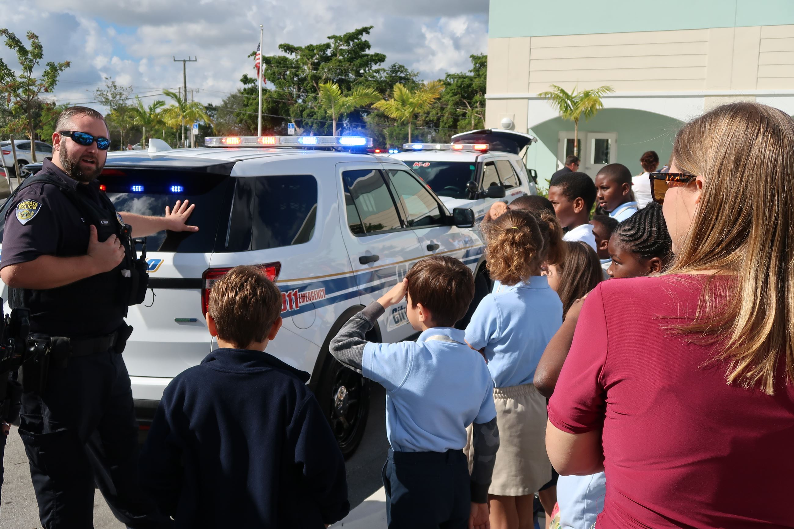 Image of Officer Womer and students